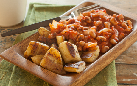 Tomato and Black-Eyed Pea with Sauteed Bananas